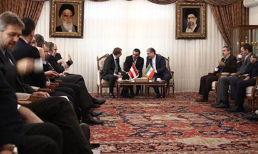 Politische Verhandlungen in Tabriz