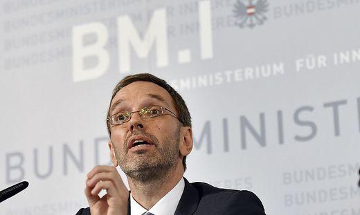 Innenminister suspendierte den BVT-Chef