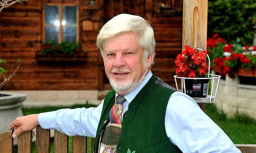 Organisator Werner Egger Berge in Flammen Altaussee Werner  Feuerwerk Altausseersee Loser Trisslwand Bengalische Beleuchtung Festplatz