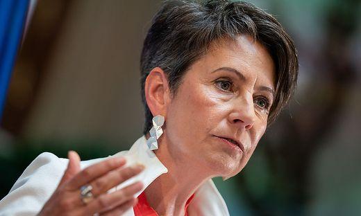 Die Frauen bringen viel Kraft auf die Straße - und sind doch zu wenig sichtbar: IV-Vizepräsidentin Sabine Herlitschka sieht darin auch einen Wettbewerbsnachteil für Unternehmen.