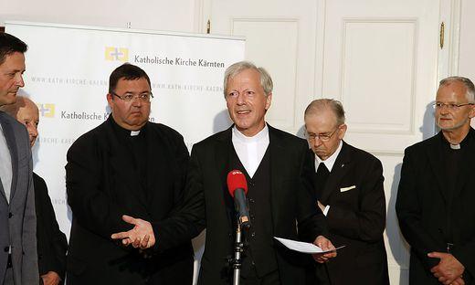 Das Domkapitel greift entschieden durch: Gerhard Kalidz (3. von links) steht an der Spitze des neuen Bistum-Beirates
