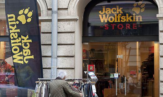 order low price sale various design Imagepolitur: Outdoor-Anbieter Jack Wolfskin setzt jetzt auf ...