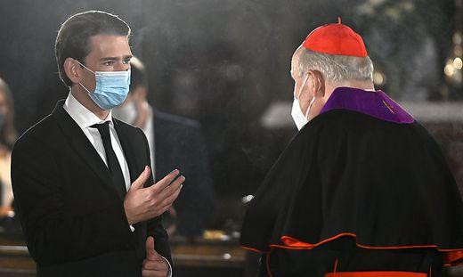 Sebastian Kurz beim Trauergottesdienst mit Kardinal Schönborn