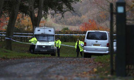 Hubschrauber-Kollision über Rothschild-Anwesen in Grafschaft Buckinghamshire: Mehrere Tote vermutet