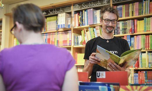 Heyn-Geschäftsführer Helmut Zechner setzt auf zukunftsweisende Geschäftskonzepte und auf Leseförderung für die Kunden von morgen