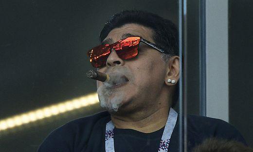 Maradona soll wegen Gehirnblutung operiert werden