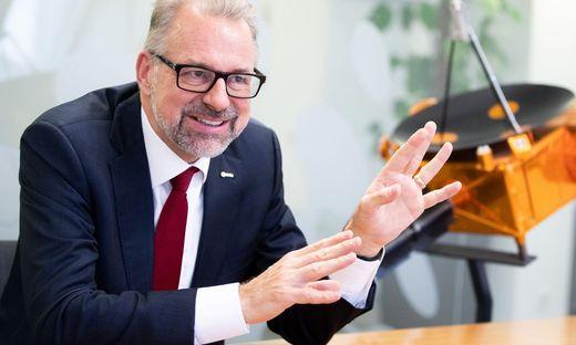 INTERVIEW: ESA-DIREKTOR JOSEF ASCHBACHER