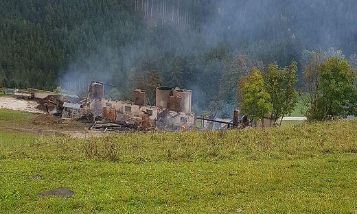 Das Gebäude brannte bis auf die Grundmauern nieder