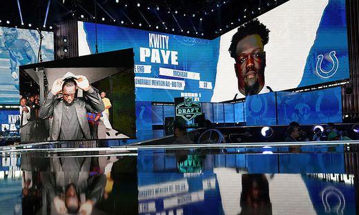 Kwity Paye bei der Auswahl für die NFL