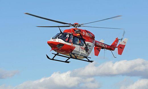 Der RK 1 flog die Schwerverletzte ins Klinikum Klagenfurt