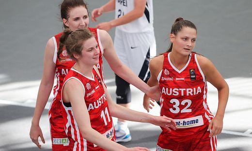 Das 3x3-Team der Damen hält nach drei Spielen bei drei Siegen