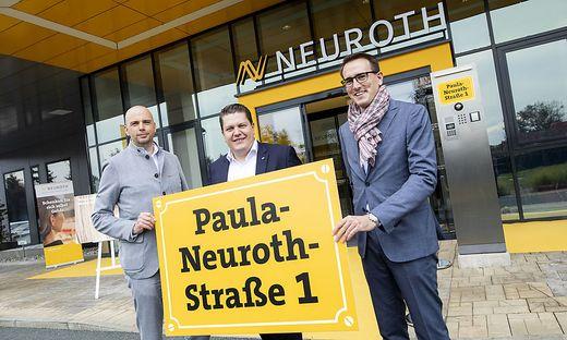 Die Neuroth-Führungsspitze vor dem neuen Supply Center in Lebring: CEO Lukas Schinko (Mitte), CFO Michael Paul (links) und COO Jürgen Seidler (rechts)