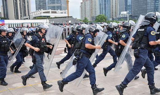 CORRECTION-CHINA-HONG KONG-POLITICS