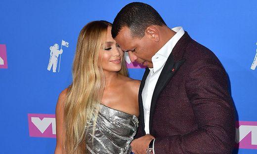 Jennifer Lopez und der ehemalige Baseballprofi Alex Rodriguez haben sich verlobt