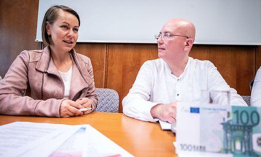 Anita Palkovich und Martin Müllauer verhandeln für die Arbeitnehmer