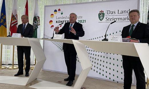 Der Vorsitzende Hermann Schützenhöfer, sein Vorgänger Wilfried Haslauer und Wiens Michael Ludwig bei der Pressekonferenz