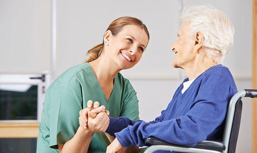 Das Thema Pflege beschäftigt am Donnerstag den Landtag