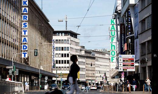 Bei Karstadt und Kaufhof stehen zahlreiche Filialen vor dem Aus