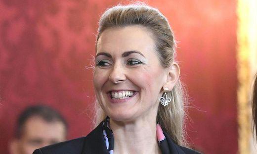 Christine Aschbacher, ÖVP-Ministerin