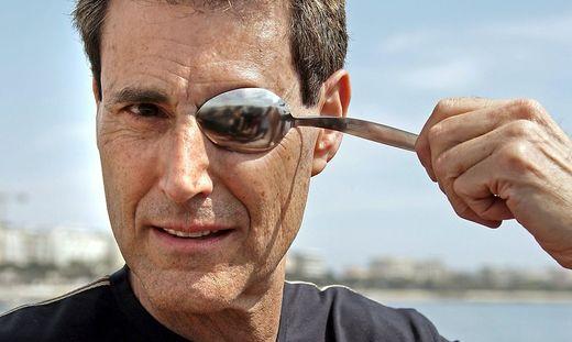 Der britisch-israelische Illusionist Uri Geller