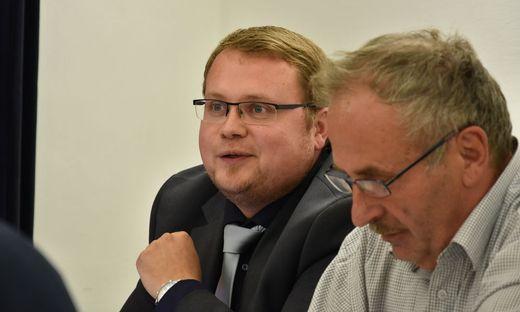 Michael Schwingenschlögl (links) kehrt der SPÖ Wildon mit Bürgermeister Helmut Walch (rechts) den Rücken