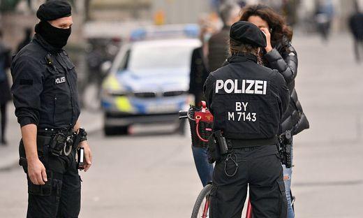 Kontrollen zur Einhaltung der Maskenpflicht in Bayern