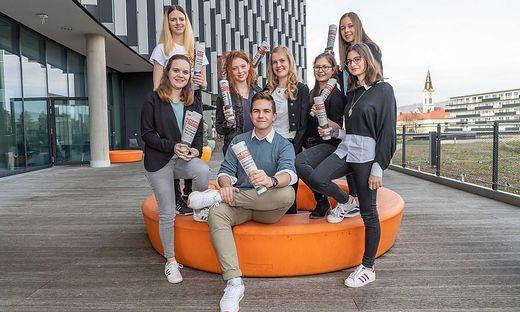 Die acht Schüler der HAK Mürzzuschlag waren im Grazer Styria Media Center zu Gast