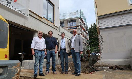 Eines der zentralen Projekte von Fritz Pichler (2. v. r.): die Neugestaltung des Ortszentrums