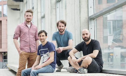 Das Team hinter fragnebenan.com