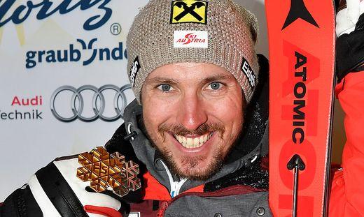 Marcel Hirscher mit seinen beiden bisherigen WM-Medaillen in St. Moritz