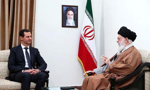 Bashar al-Assad mit Irans religiösem Führer Ayatollah Ali Khamenei