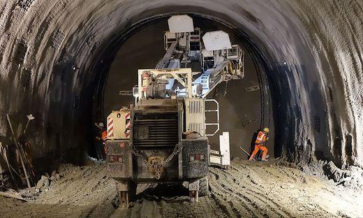 Der Vortrieb im Tunnel erfolgt auf unterschiedliche Weise