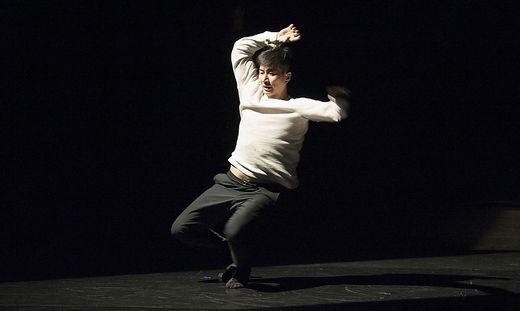Xianghui Zeng begeistert beim Grazer Tanztheaterfestival