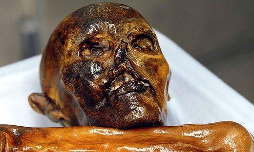 Ötzi ist über 5000 Jahre alt