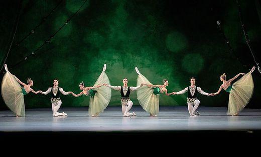 """Ballett in Wien: """"Jewels"""" in der Wiener Staatsoper: Edle Klunker mit viel  Karat « kleinezeitung.at"""