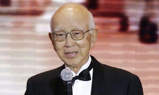 Raymond Chow Entdecker Von Kung Fu Legende Bruce Lee Gestorben