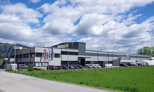 Das neue Werk der BBG wurde vor zwei Jahren im Hightech-Park Kapfenberg eröffnet, am Freitag wurde der Hunderter gefeiert