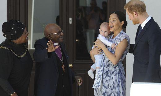 Erzbischof Desmond Tutu empfängt die royale Familie