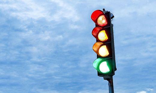 Seit Montag leuchtet Deutschlandsberg gelb. Sechs Gemeinden sind davon betroffen