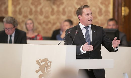 Stellte Misstrauensantrag: Triller (FPÖ)