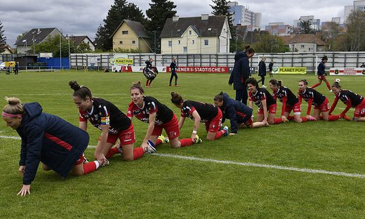 FUSSBALL PLANET PURE FRAUEN BUNDESLIGA: SG USC LANDHAUS/AUSTRIA WIEN - SPUSU SKN ST. POeLTEN