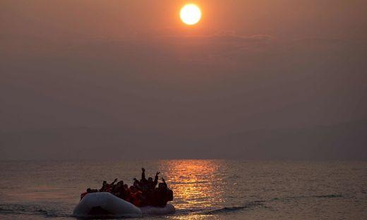 Archivbild: Leiche von Mädchen an Strand von griechischer Insel Lesbos angespült