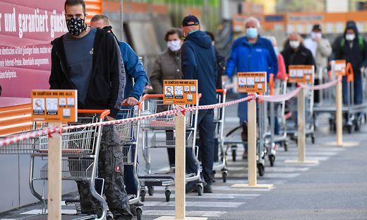 AUT, Coronaviruskrise, Lockerung im Einzelhandel