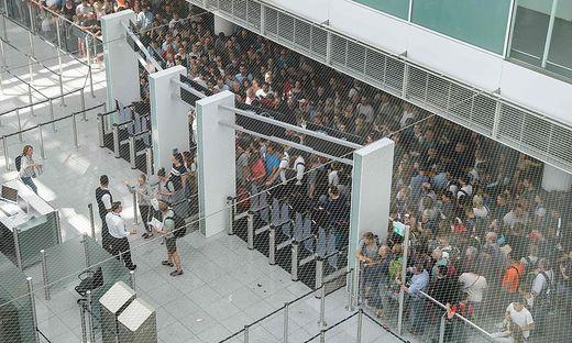 Nach Chaos In München Flughafen Verteilt 50 Euro Gutscheine