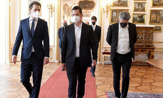 Bundeskanzler Sebastian Kurz, Gesundheitsminister Wolfgang Mückstein und Vizekanzler Werner Kogler