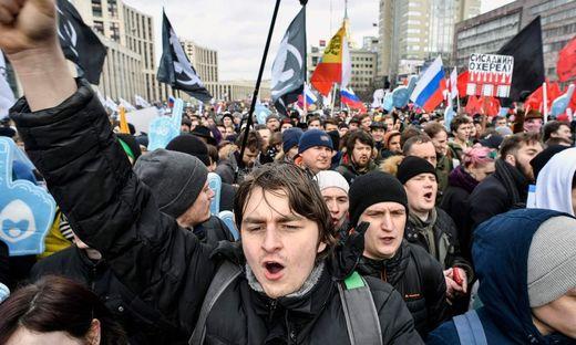 Tausende Menschen demonstrierten in Moskau für freies Internet