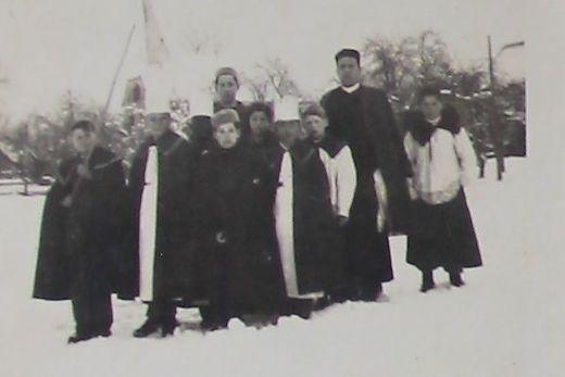 Diese Sternsingergruppe aus dem Jahr 1946 sammelte erstmals nicht für sich selbst, sondern für die Missionsarbeit
