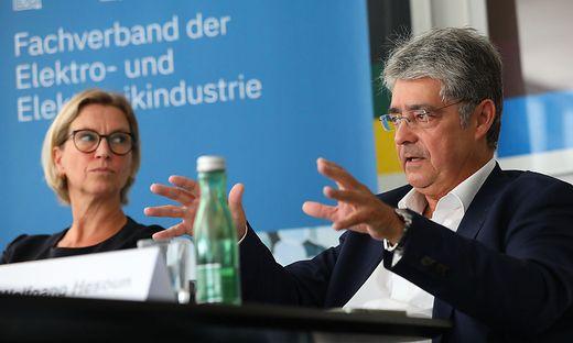 Marion Mitsch und Wolfgang Hesoun, Jahrespressekonferenz des FEEI - Fachverband der Elektro- & Elektronikindustrie