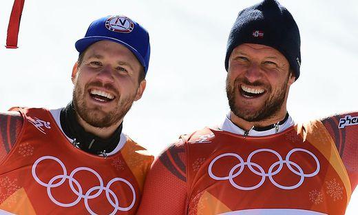 Jubeln über einen norwegischen Doppelsieg: Olympiasieger Aksel Lund Svindal (rechts) und Kjetil Jansrud