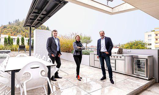Drei kreative Köpfe, ein Projekt: Martin Pichler, Reinhard Hubmann und Karoline Mihelic zeigen, wie man eine Wohnung ganz einfach in drei getrennte Einheiten verwandeln kann.